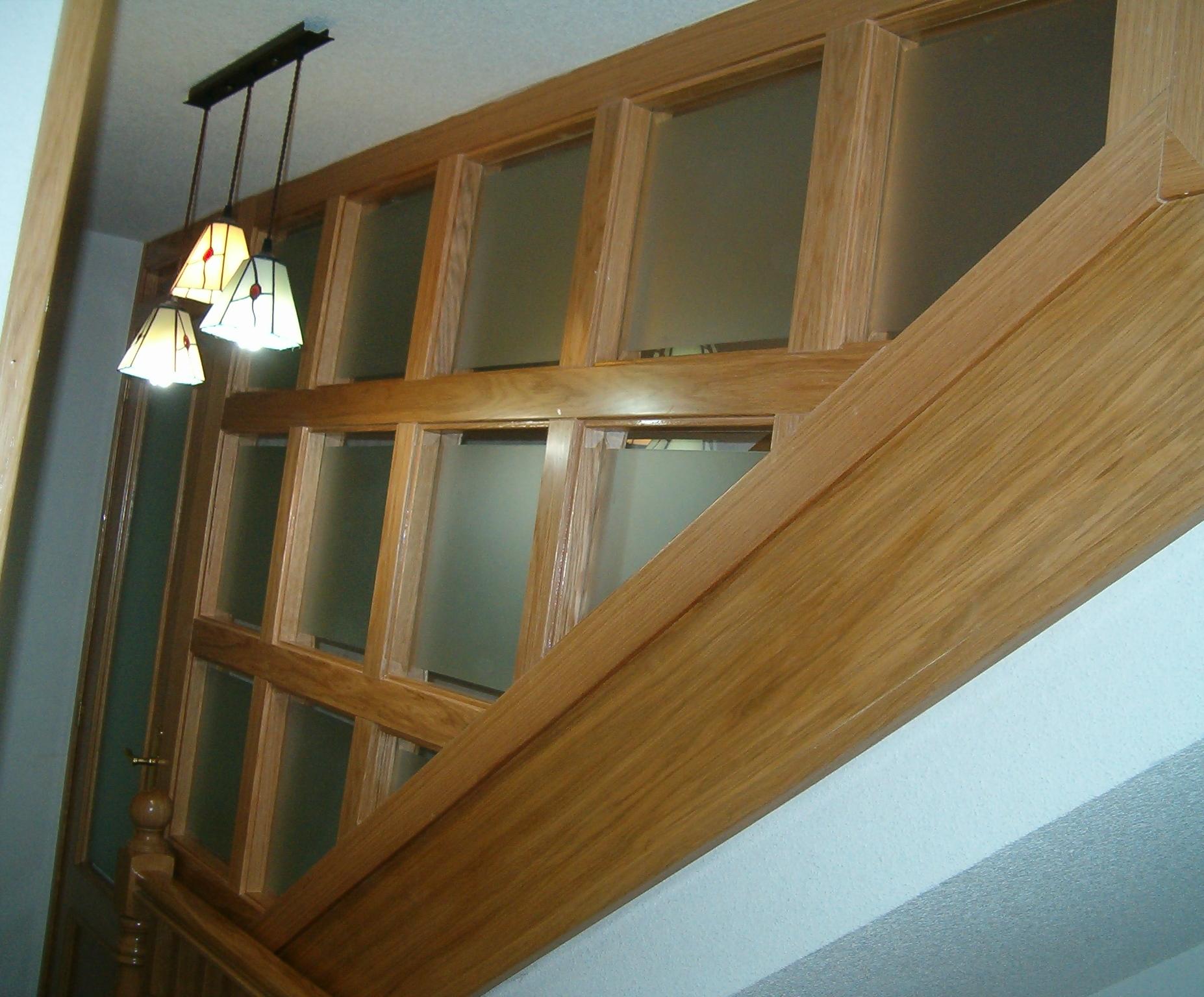 Mader vila carpinter a de madera en vila - Cerramientos de escaleras ...
